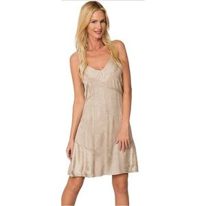 Ingear Embroidered Bohemian Beach Cover Up